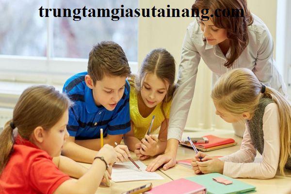 Gia sư dạy chương trình song ngữ