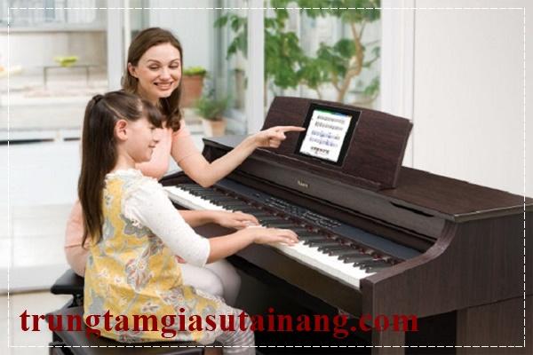 Gia sư dạy piano